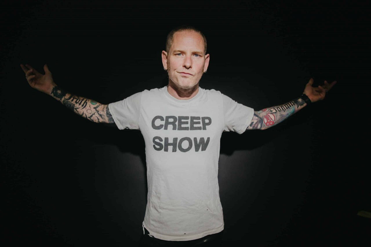 Corey-Taylor-Ashley-Osborn-presse-scaled
