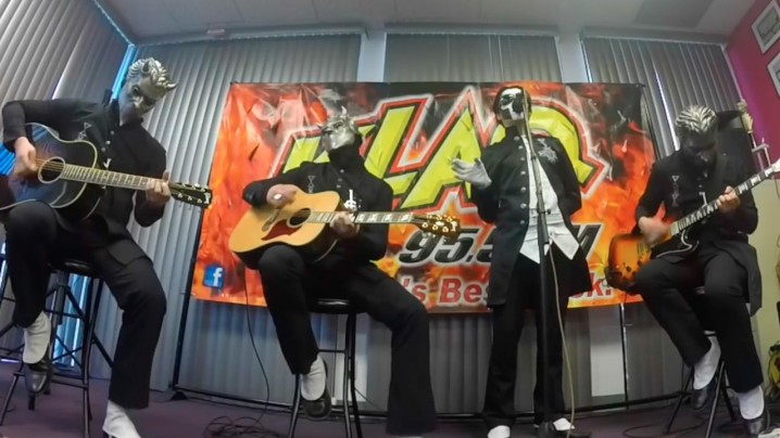 """Ghost -- """"Jigolo Har Megiddo"""" (Acoustic) 